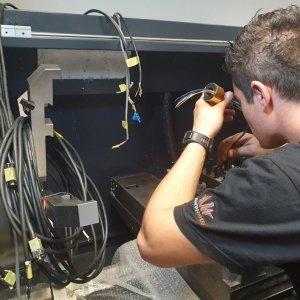 Technischer Support für CNC-Maschinen