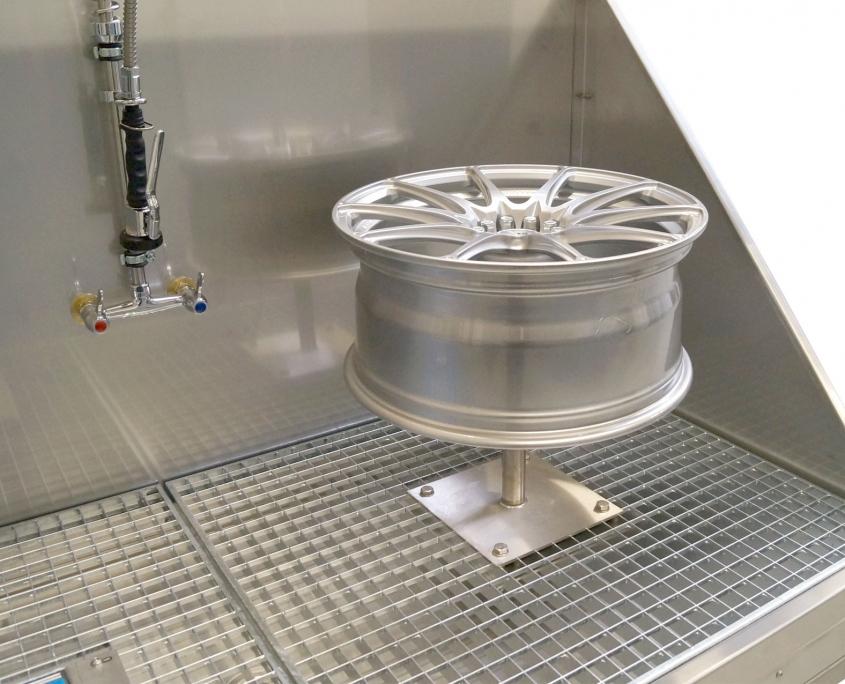 Felgen-Reinigungstisch MW-FR1Felgenkarussell